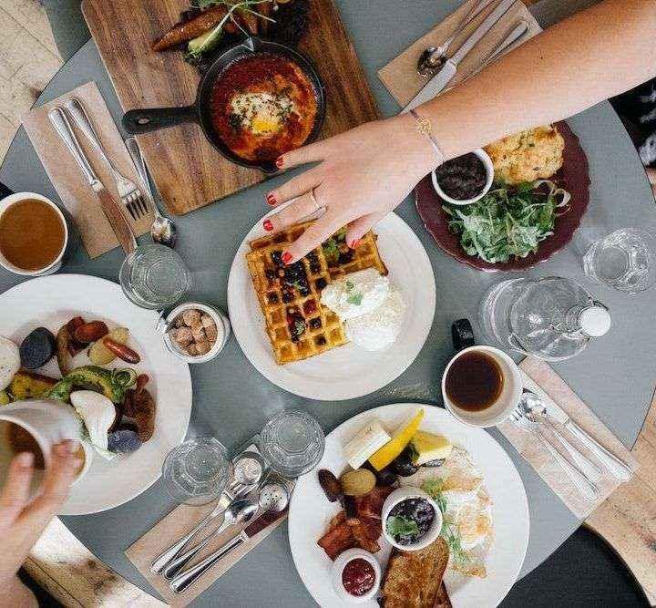 Casi el 20% de los ciudadanos declara comer más durante el confinamiento según un informe de El CoCo