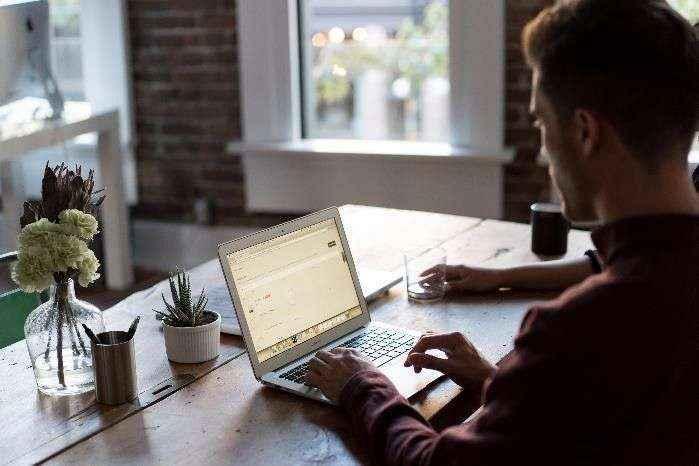 ADT lanza un servicio de ciberseguridad en el hogar para garantizar el teletrabajo y las clases online