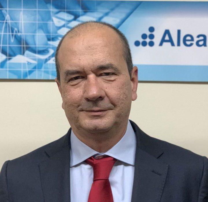 AleaSoft: Previsiones a 30 años con una desagregación horaria